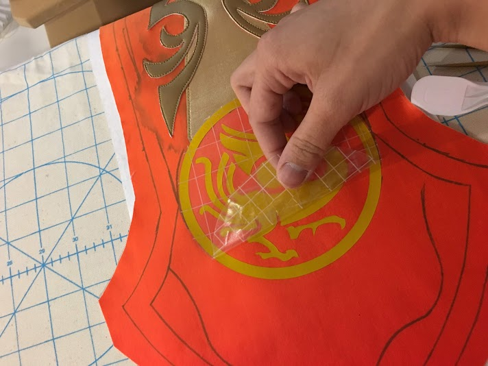 Using heat transfer vinyl for cosplay applique [tutorial] www